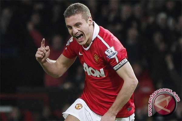 Vidic kembali, Manchester United lega