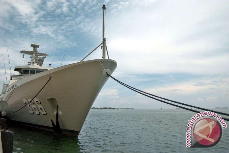 TNI AL Siapkan Kapal Jemput TKI Terlantar