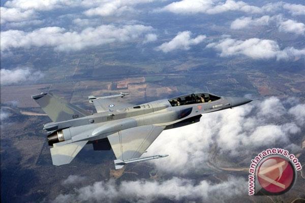 AS serahkan pesawat tempur F-16 kepada Mesir