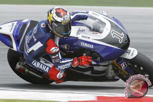 Lorenzo menangi GP Catalunya