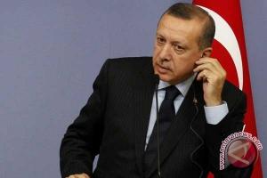 Presiden Turki minta bertemu Presiden Rusia di Paris