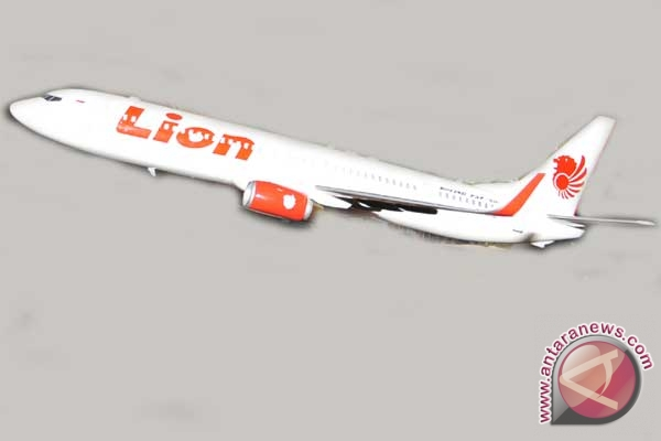 Lion terbangi Bandung-Surabaya dengan pesawat baru