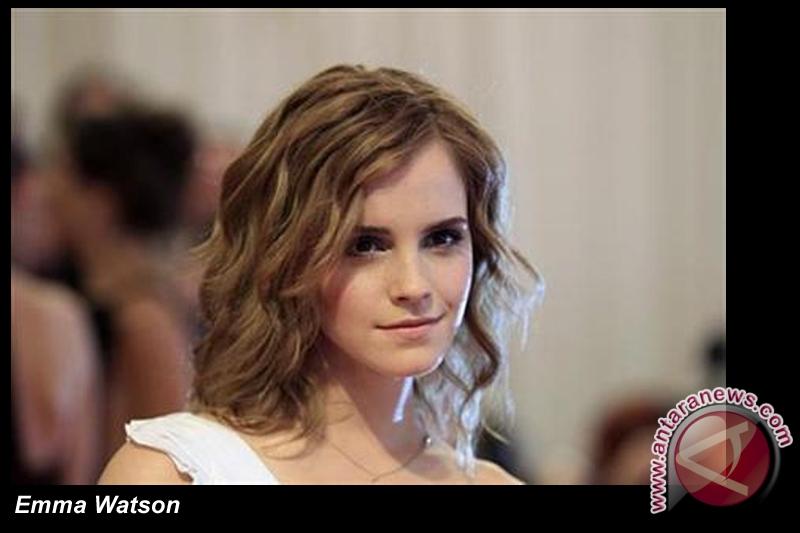 Emma Watson suka mendandani teman-temannya