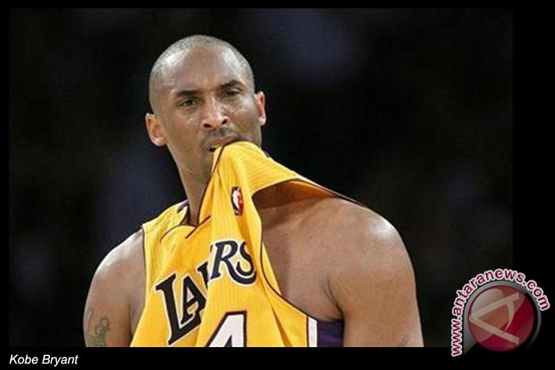 Kobe Bryant diperkirakan absen 9 bulan