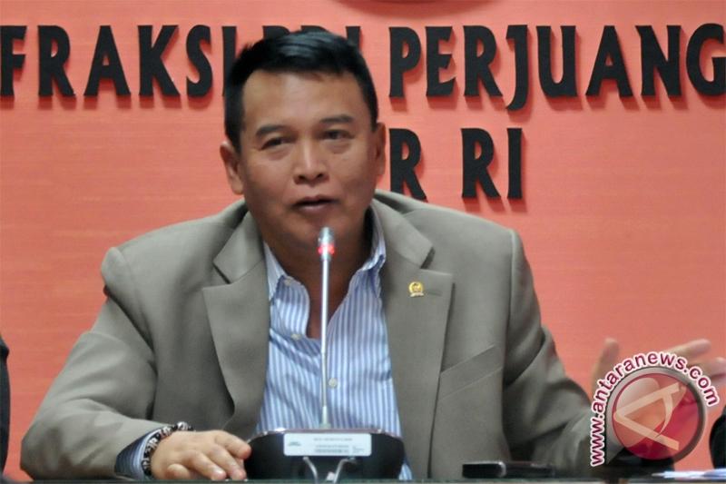 Tahanan KPK di TNI  tetap dijaga Polri