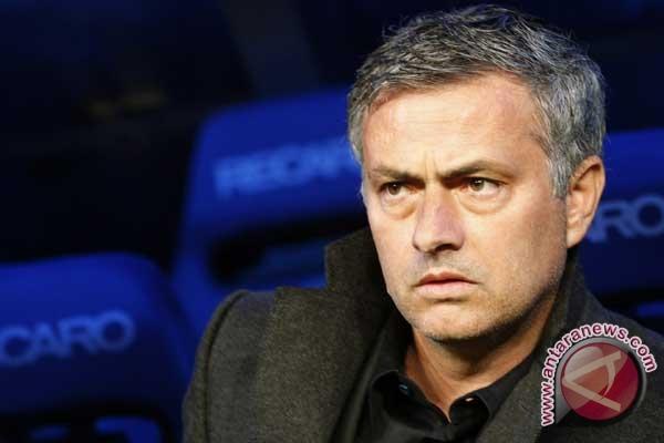 Mourinho curhat