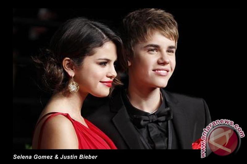 Justin Bieber dan Selena Gomez dikabarkan putus