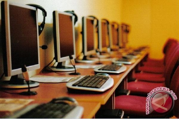 Pelajar di Temanggung dilarang ke warnet saat jam sekolah