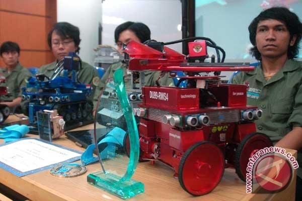 robot pemadam api