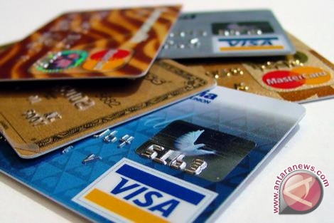 Penerbitan kartu kredit BNI Syariah lampaui target
