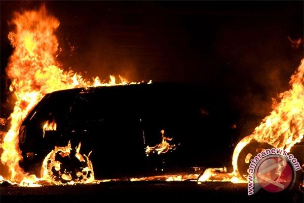Bom mobil tewaskan lima orang di Irak timur