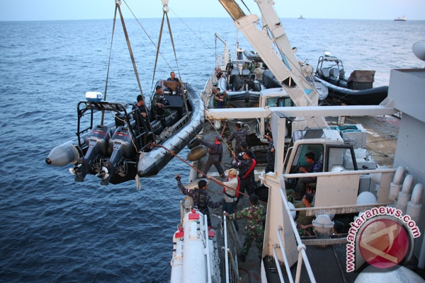TNI AL kerahkan pasukan khusus Denjaka untuk cari AirAsia