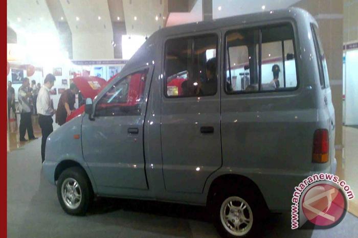 Mobil Tawon asal Rangkasbitung 50 unit perbulan