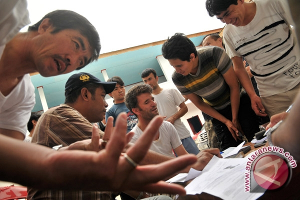 30 Imigran Timur Tengah Berstatus Imigran Gelap
