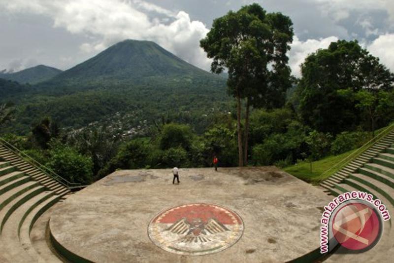 Mt Lokon tremors N Sulawesi strike 321 times