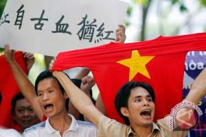 Ribuan warga Tiongkok diungsikan dari Vietnam