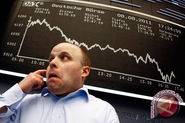 Bursa saham dunia berjatuhan akibat bertambah pedihnya Spanyol