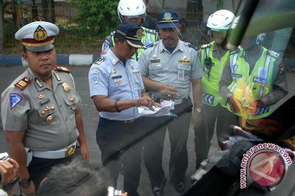 Dinas perhubungan giatkan razia kendaraan wajib KIR
