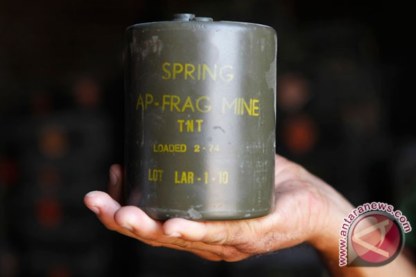 TNI destroys 16,581 land mines