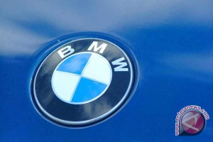 20110902115813bmw6x4 BMW akan pamerkan konsep seri 3 GT