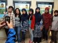 Sejumlah ODAPUS (Orang Dengan Lupus) berfoto bersama sebelum nonton bareng film L4 Lupus di Plaza FX, Senayan, Jakarta, Senin (3/10) malam. Film L4 Lupus mendapat penghargaan sebagai film pertama didunia yang menggangkat tentang penyuluhan penyakit Lupus dan cerita tentang ODAPUS (Orang Dengan Lupus). (FOTO ANTARA/Agus Apriyanto)