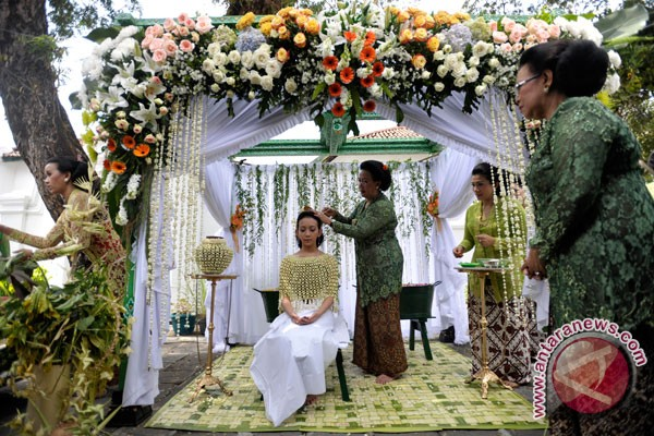 Pernikahan agung adat Yogyakarta ditampilkan di Beijing