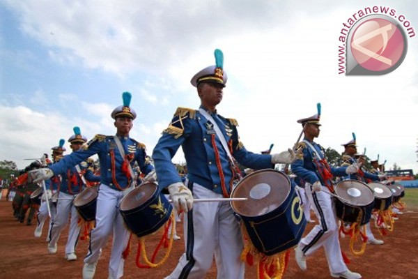 98 karbol Akademi TNI AU latihan terjun Para Dasar