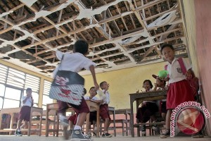 Bekasi anggarkan Rp118 miliar perbaikan, pembangunan ruang kelas baru