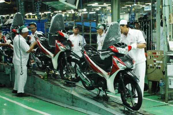 Honda pertahankan produksi sepeda motor bebek