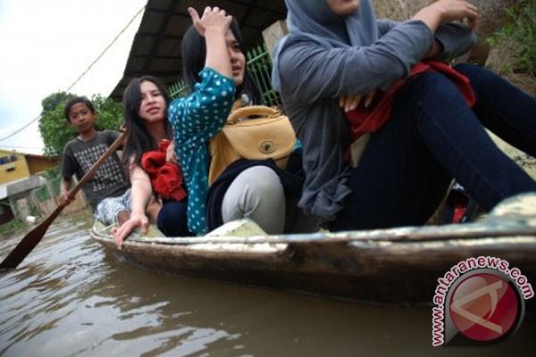 Kabupaten Bandung banjir, ribuan mengungsi