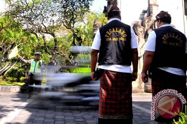 Pecalang siapkan aturan adat Bali lindungi terumbu karang