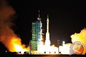 Tiongkok luncurkan satelit Belarusia