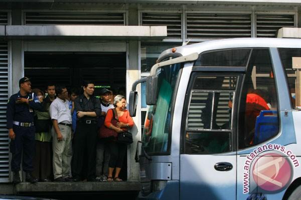 YLKI sarankan BLU Transjakarta jadi BUMD