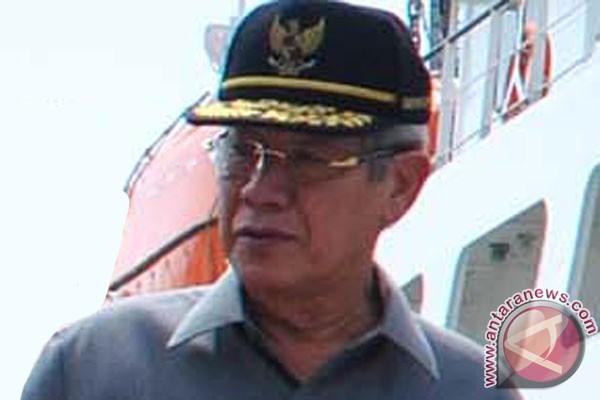 Kapal rombongan Gubernur Kepri tabrak karang