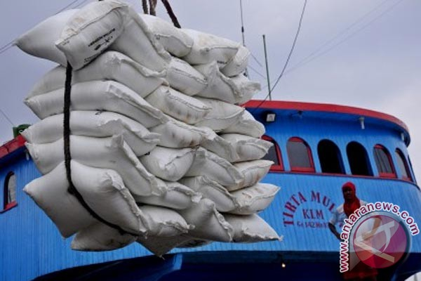 Pusri distributes 794,000 tons of subsidized urea fertilizer