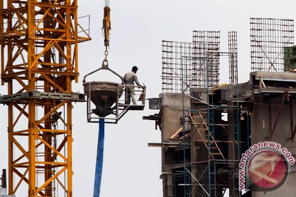 Pertumbuhan ekonomi 2013 lebih pas di 6,8 persen