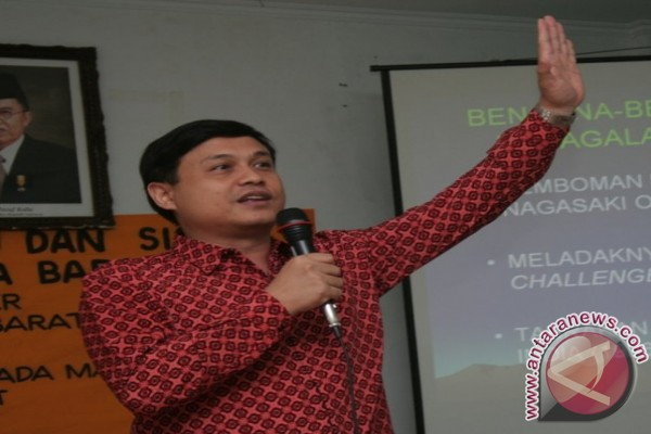 Hubungan RI-Malaysia: Merajut persaudaraan yang mulai retak