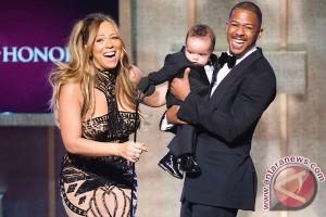 Mariah Carey dan Nick Cannon habiskan Natal bersama