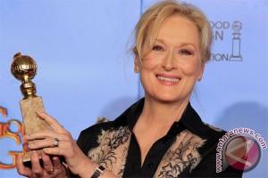Meryl Streep pilih nyanyi di film