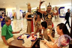 Gatotkaca Masuk Mall