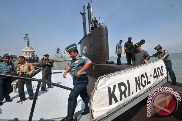 KRI Nanggala/402 dalam pelayaran kembali di Tanah Air