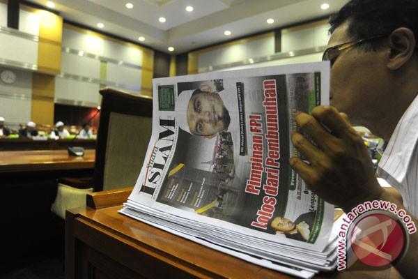 Le quotidien Suara Islam, proche du FPI, a lancé une violente campagne de presse contre les autorités de Kalimantan-Centre. Ici, il est expliqué le plus sérieusement du monde en une que 'les dirigeants du FPI ont échappé à un assassinat' à Palangka Raya (Antara/Andika Wahyu).