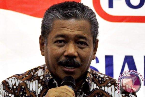 Hayono Isman: KPK di bawah tekanan politik