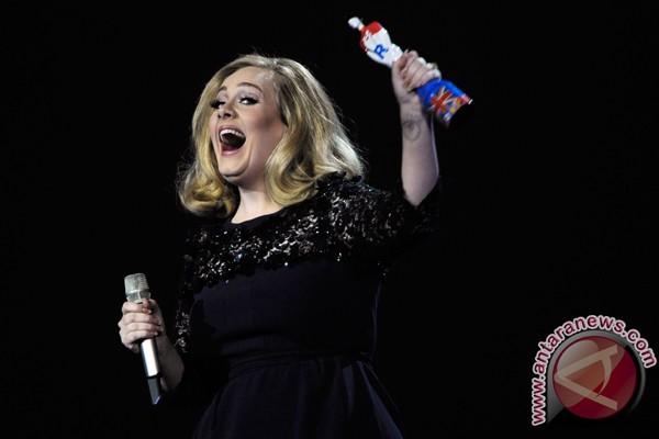 """Album Adele """"25"""" kini hadir di Spotify"""