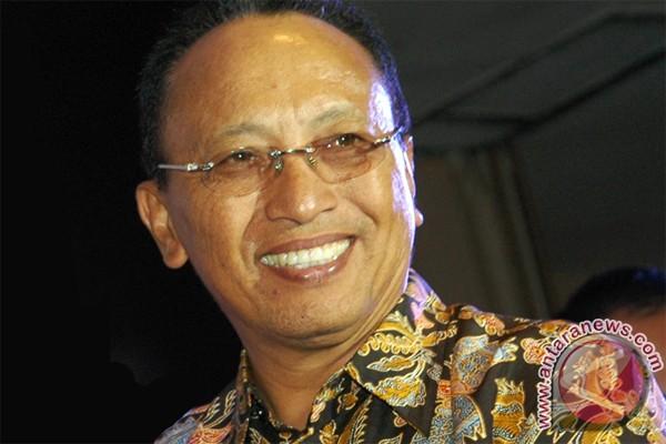Pos Indonesia luncurkan perangko seri transportasi listrik