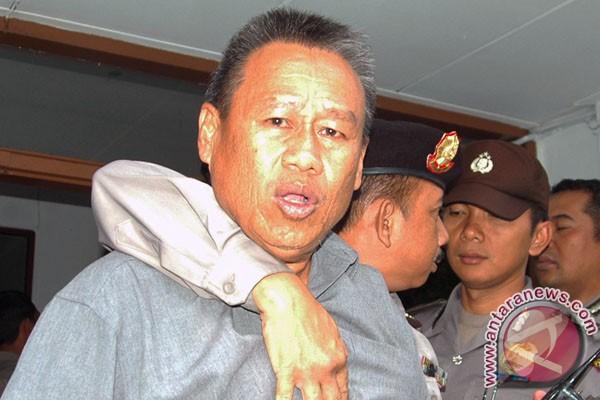 Deddy Sugarda mogok makan protes keterangan saksi