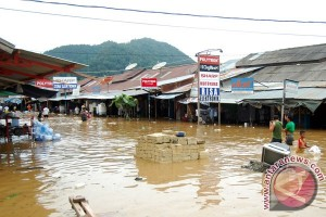 Pasar Youtefa Kota Jayapura terendam banjir