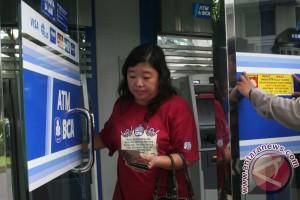 Mesin ATM BCA di Semarang diangkut maling