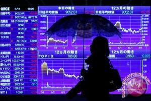 Saham Tokyo turun empat persen lebih