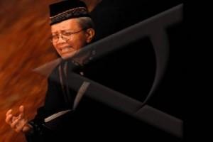 Taufik Ismail beri pencerahan puisi di Batang